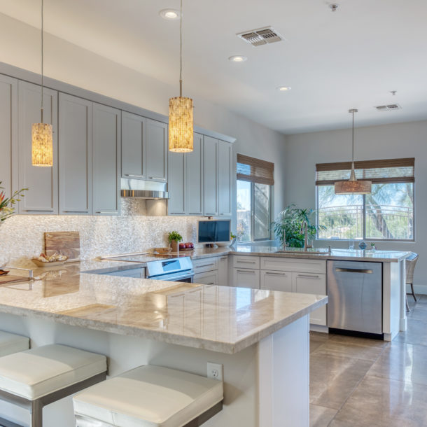 Casual Dining ~ Kitchen